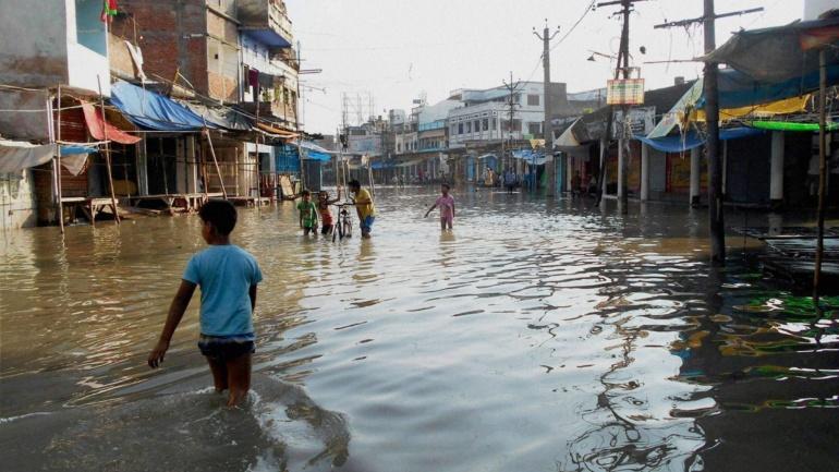 Govt urged to formulate comprehensive flood plan